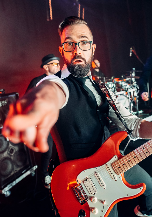 Marcin gitara palec